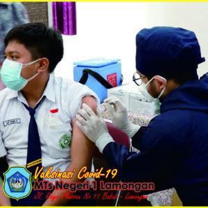 Vaksinasi dan Rapid Test Antigen MTs Negeri 1 Lamongan